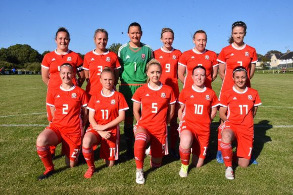 Ynys Môn women into final of the Inter-Island games football tournament!