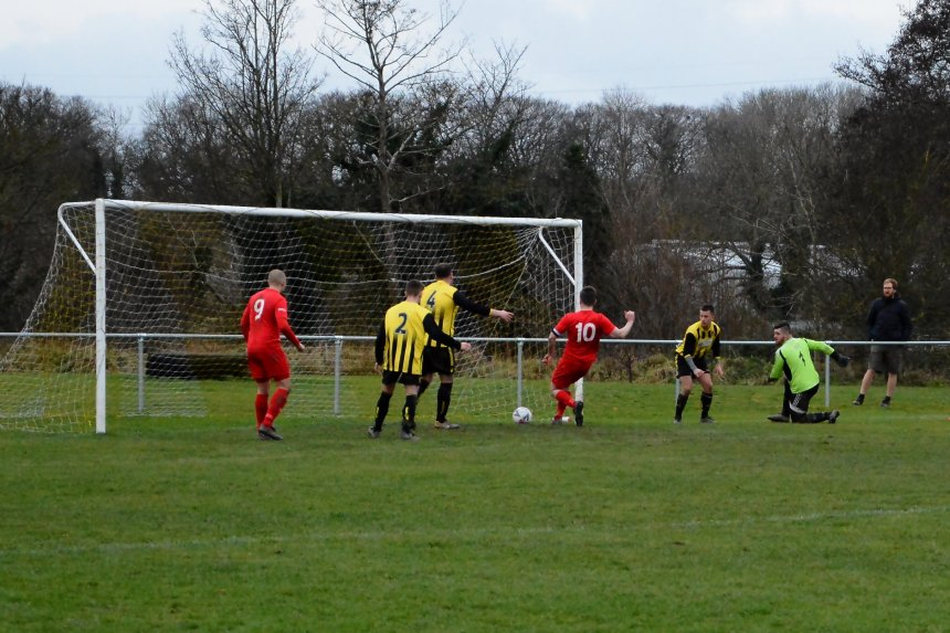 Welsh Alliance: Junction and Aberffraw upset odds in Mawddach Cup