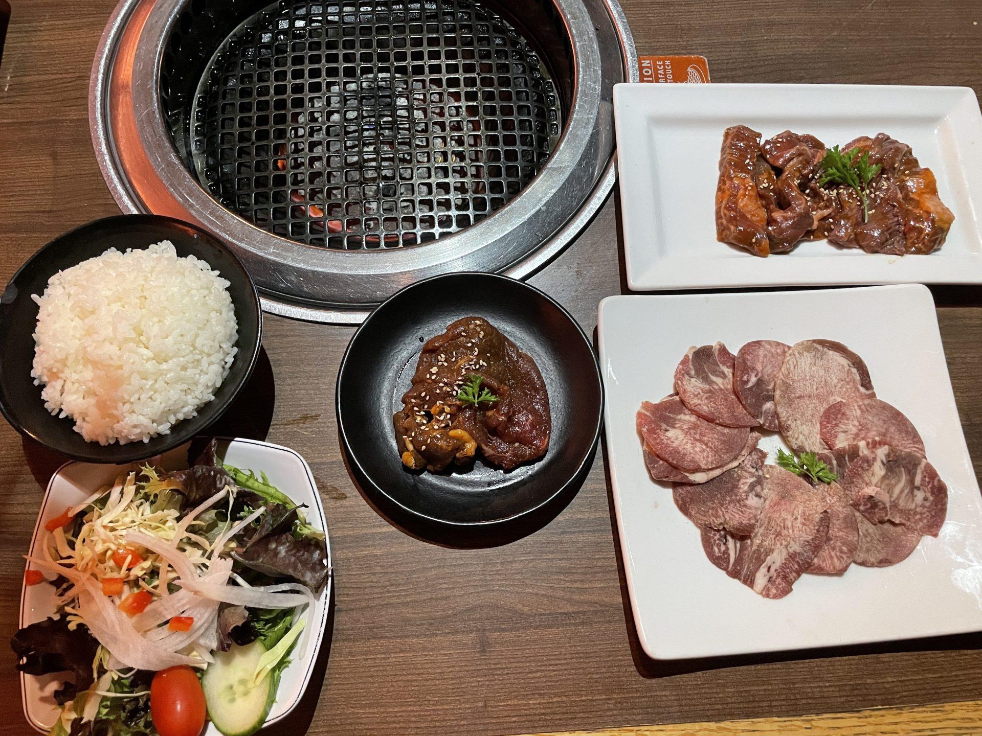 【NYで牛角】おひとりさま焼肉ランチしたら、より一層日本が恋しくなった。