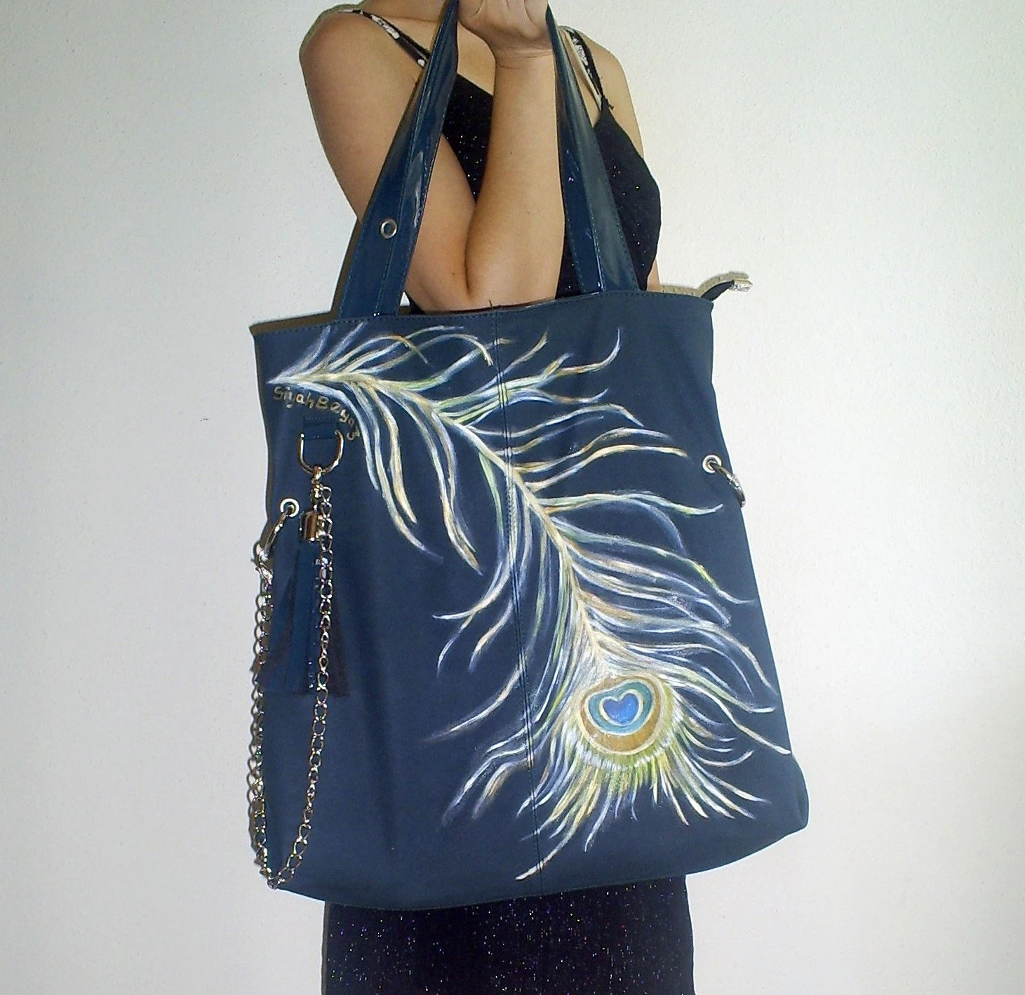 PEACOCK  FEATHER, Handpainted, Tote, Bag, Purse, SiyahBeyaz