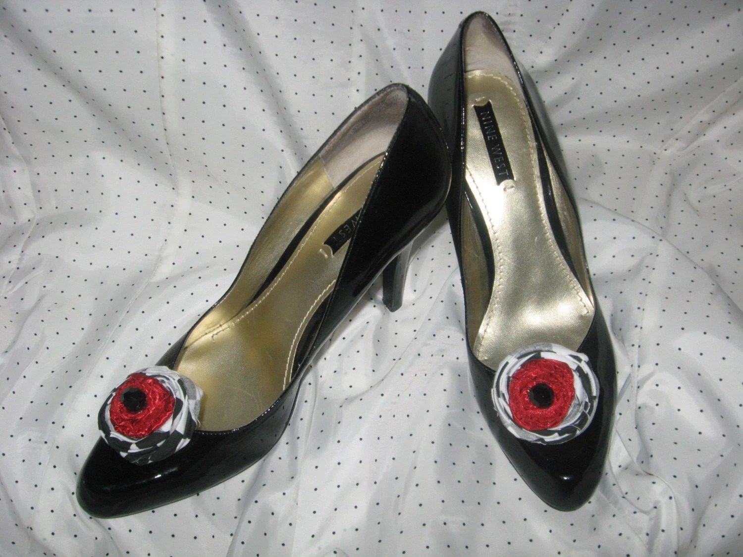 Red Black and White Shoe Clips