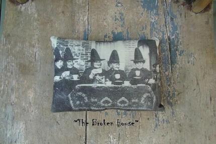 SALE ITEM, Primitive Halloween Witches Pillow/Ornament