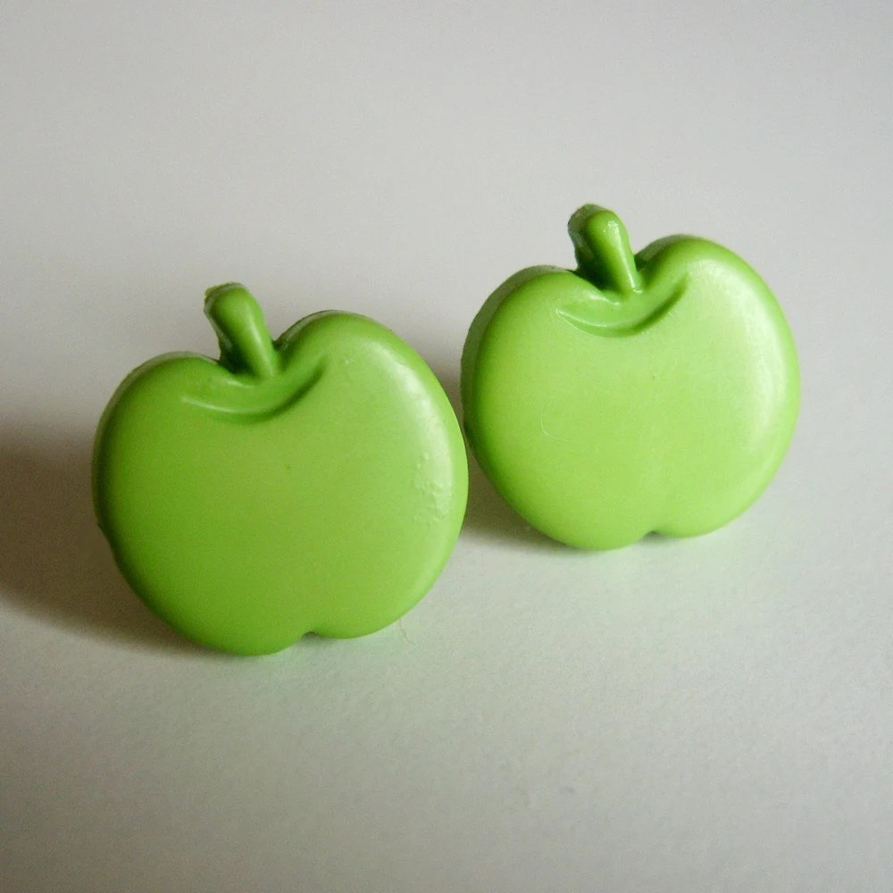 Green apple earrings