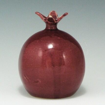 Pomegranate Salt Shaker / Handmade Wheel Thrown Pottery