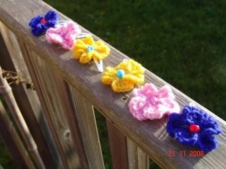 STOCKING FILLER  Hair Clips/Slides - Pair