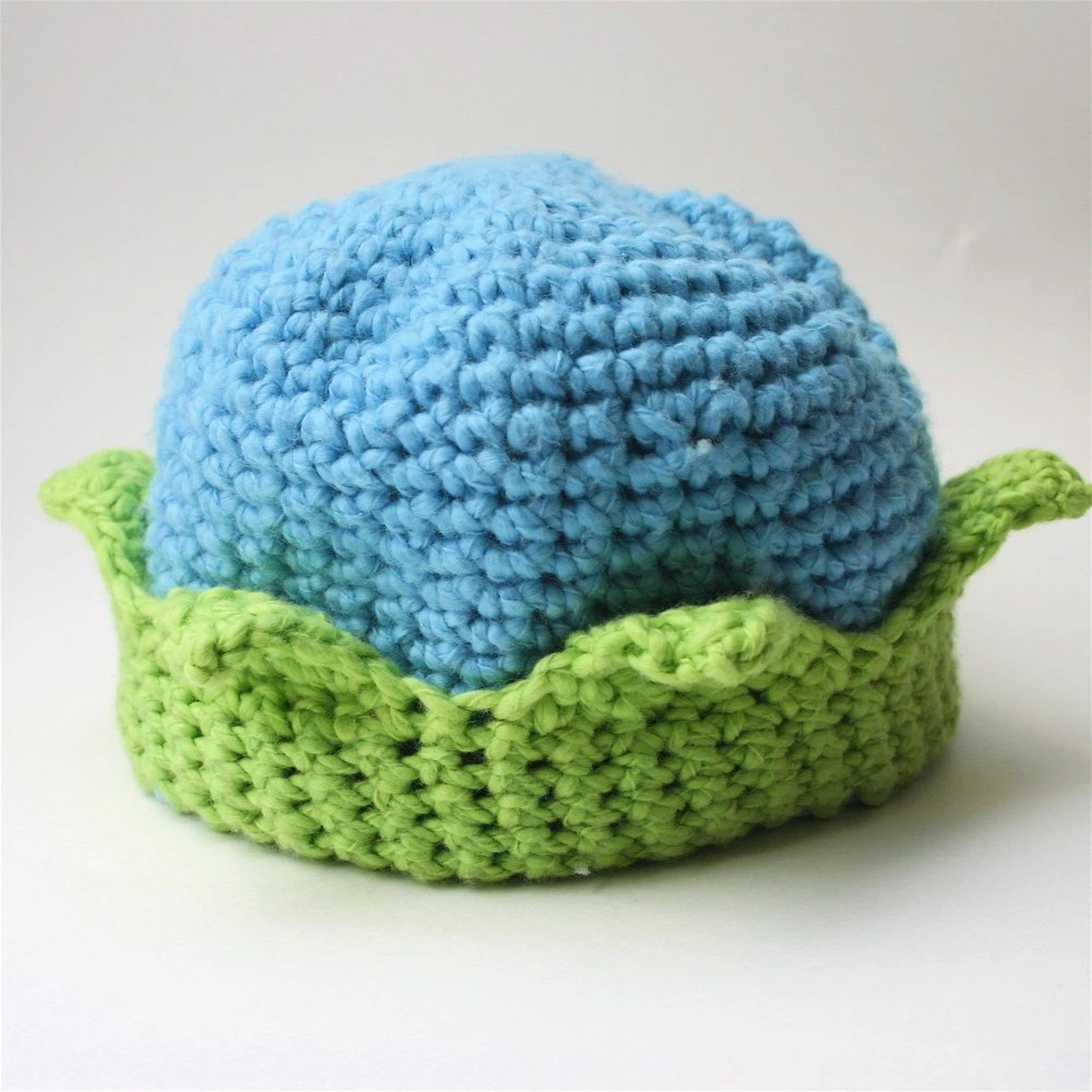 Crochet Baby Hat- Little King in blue and lime
