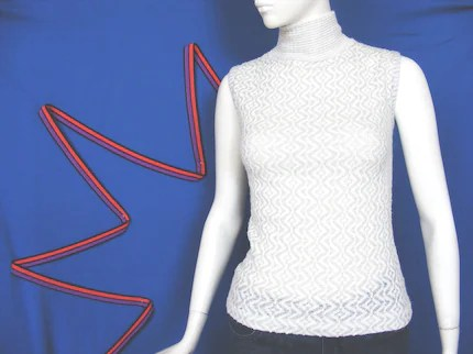 1960's mod sleeveless turtleneck sweater top in silver and white, size small
