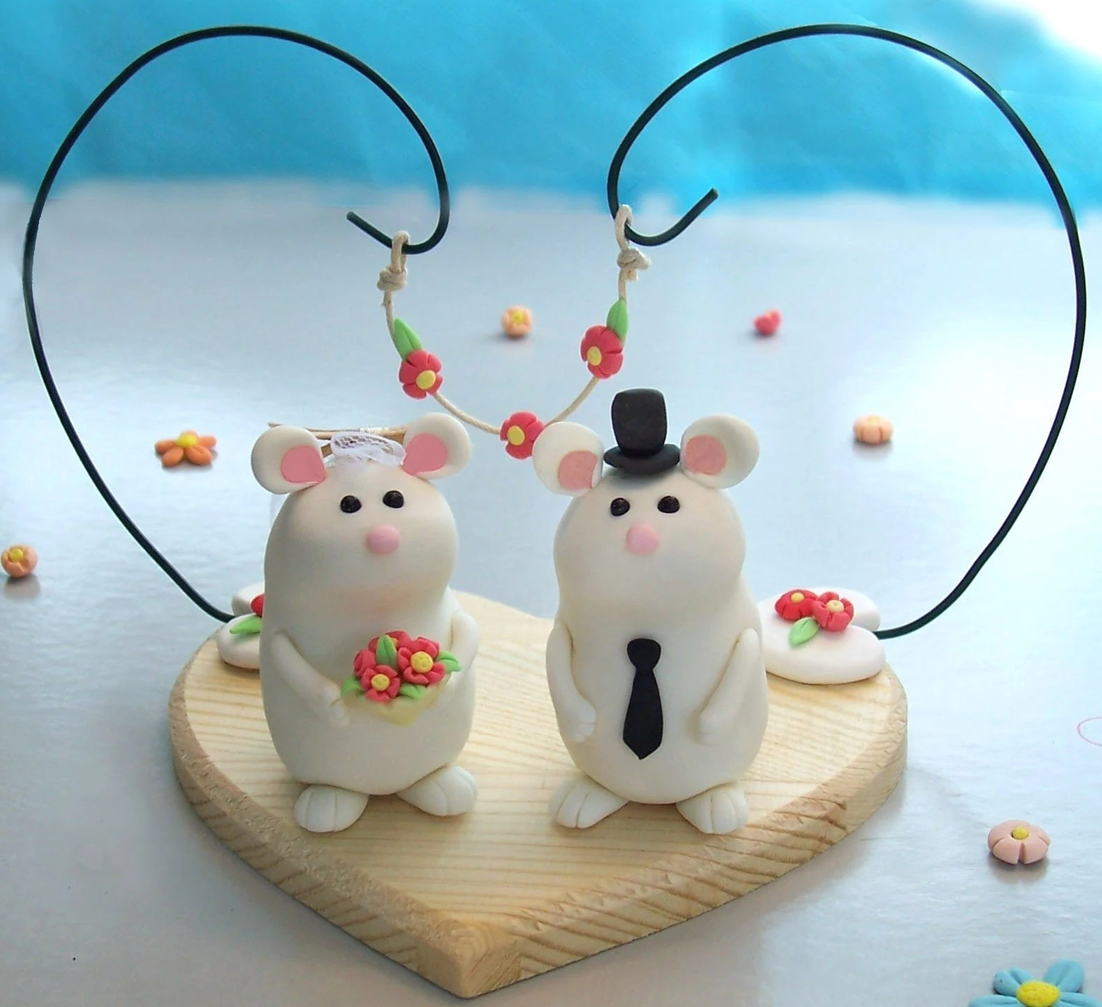 Unique, cute mice wedding cake topper, floral decoration and wooden base