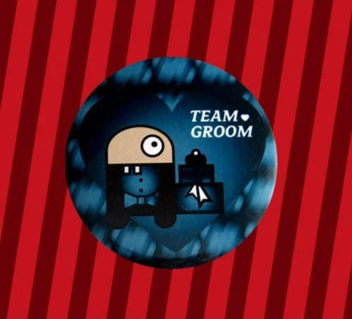 Team Groom ID button