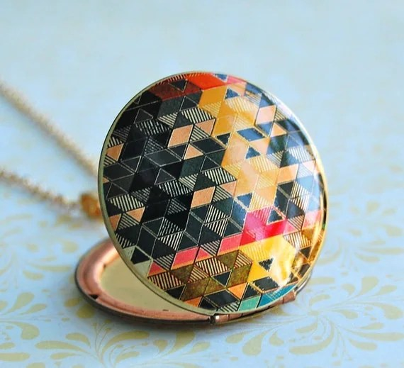 The Color Study Locket I - Vintage - Verabel FOX Collaboration