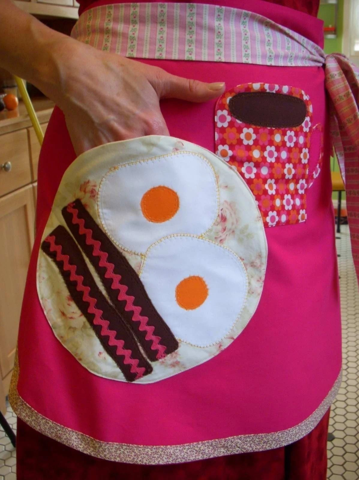 Bacon and Eggs Pocket Apron