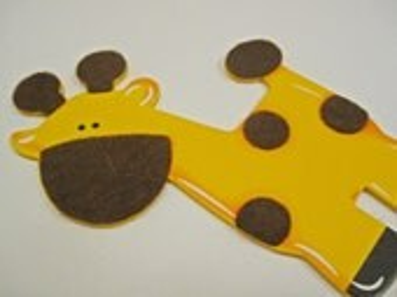 Large Giraffe Wood Magnet