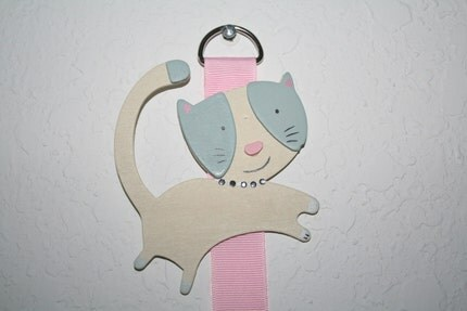 Here Kitty Kitty Hair Bow Hanger