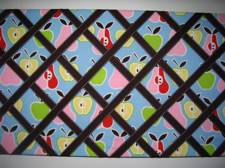 Apple Of My Eye Bulletin Board