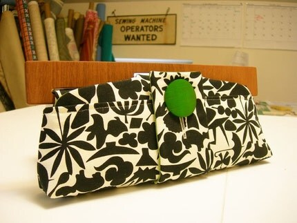 folksy shapes supper clutch
