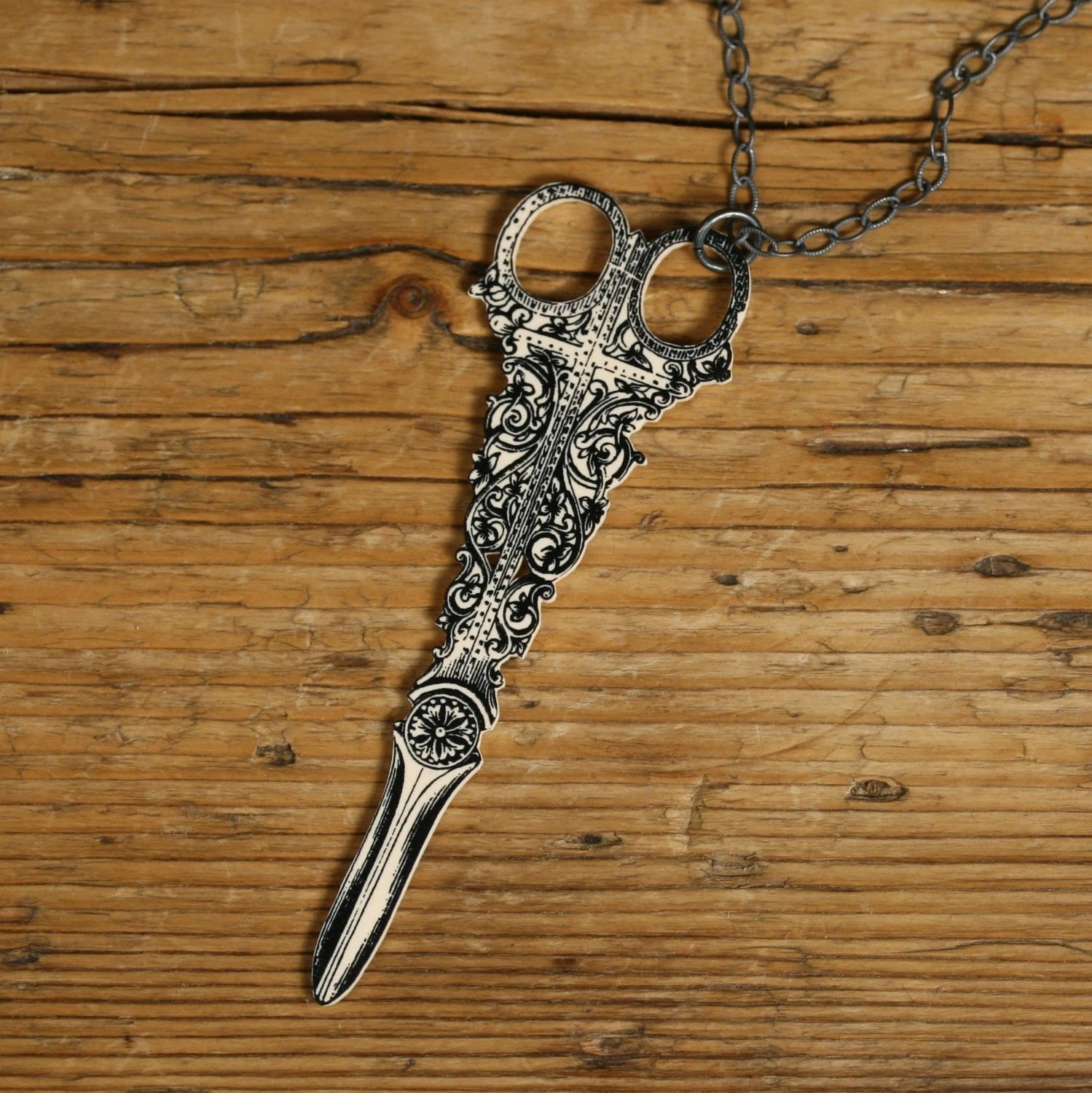 Victorian Scissors Necklace