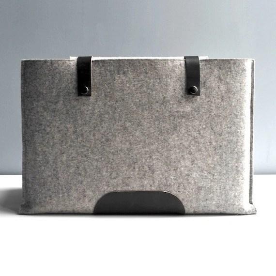 13 Inch Laptop Sleeve - Grey Wool Felt with Black Leather