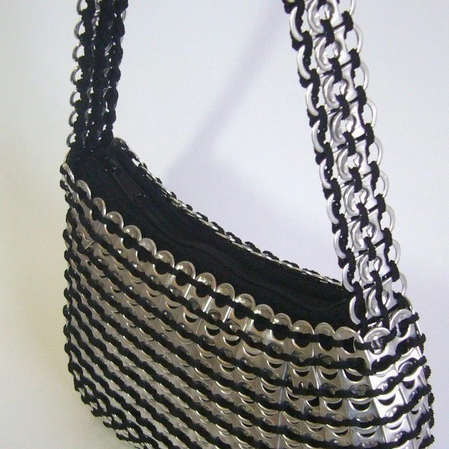 Pop Tab Purse - Medium zipper purse