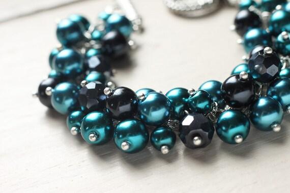 Pearl Cluster Bracelet - Emerald Dreams