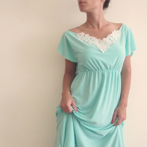 Summer 'Libi' Dress with  White Embroidery - Mint Green