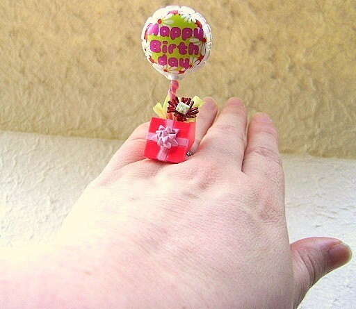 Kawaii Floating Rings
