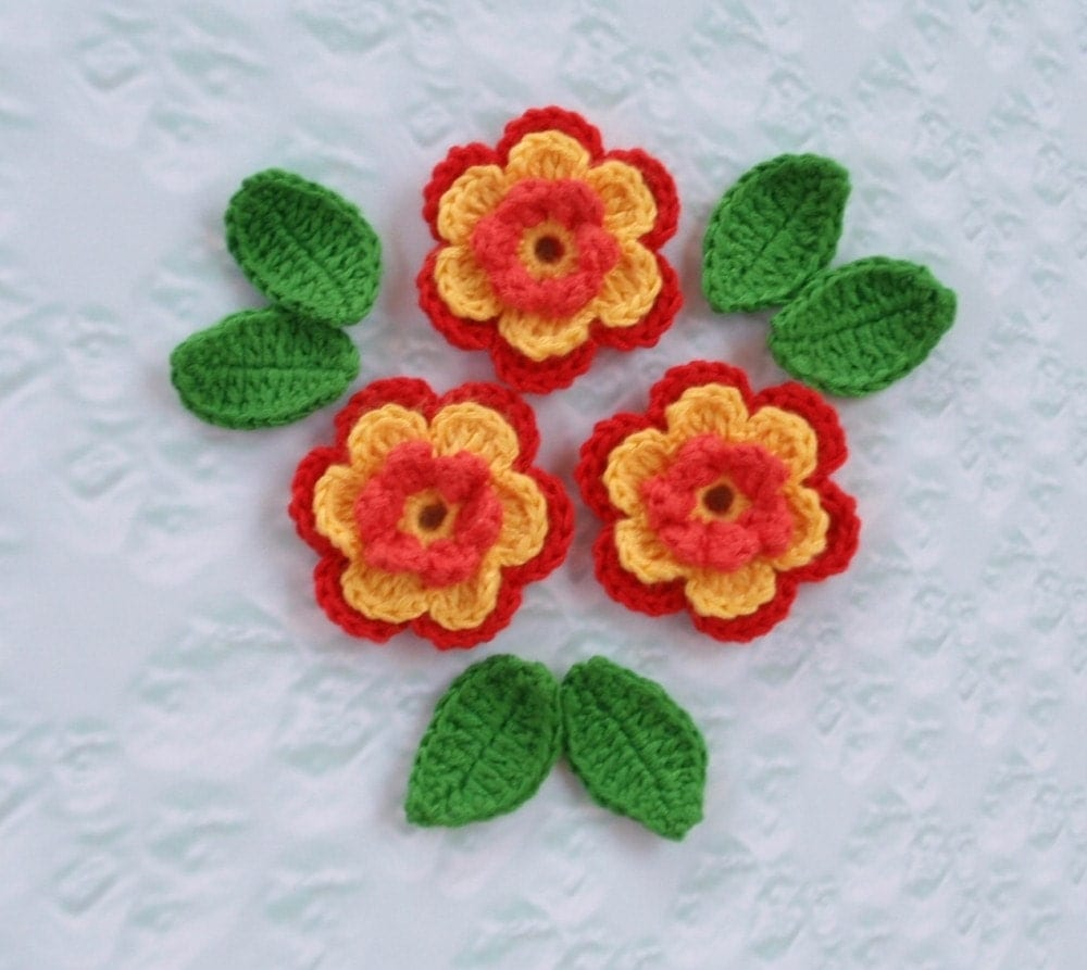 Crochet mini flowers