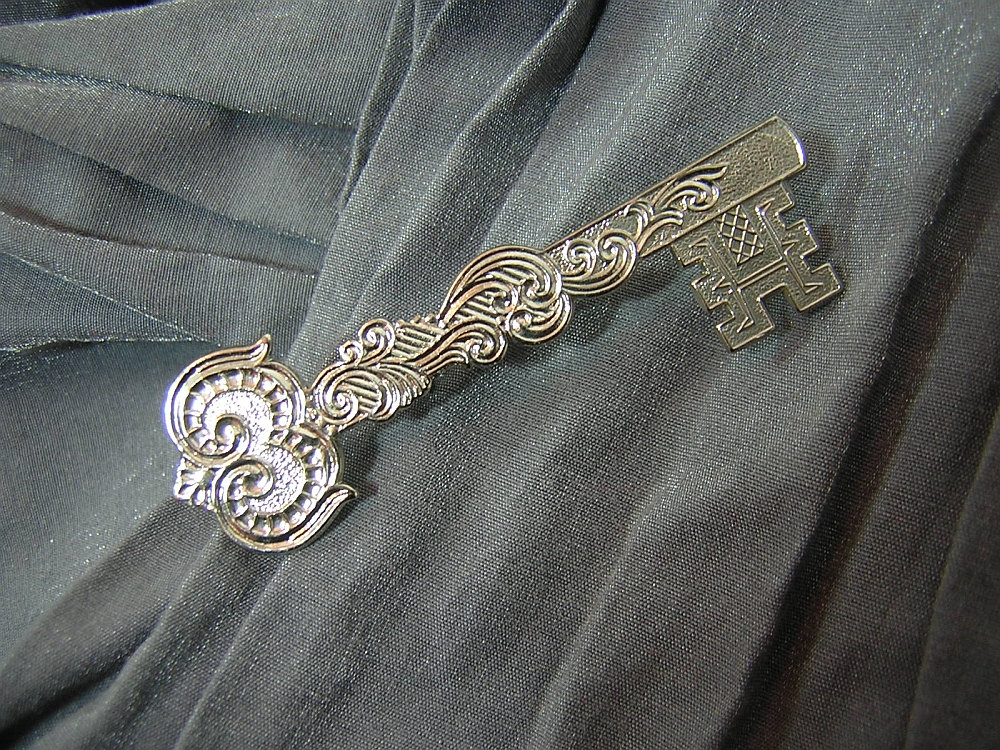 Fancy Silver Master Key Pin by Rewondered D225P-00006 - $8.95