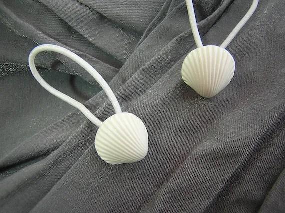 White Shell Hair Elastics Ponytail Holders by Rewondered D202E-00005