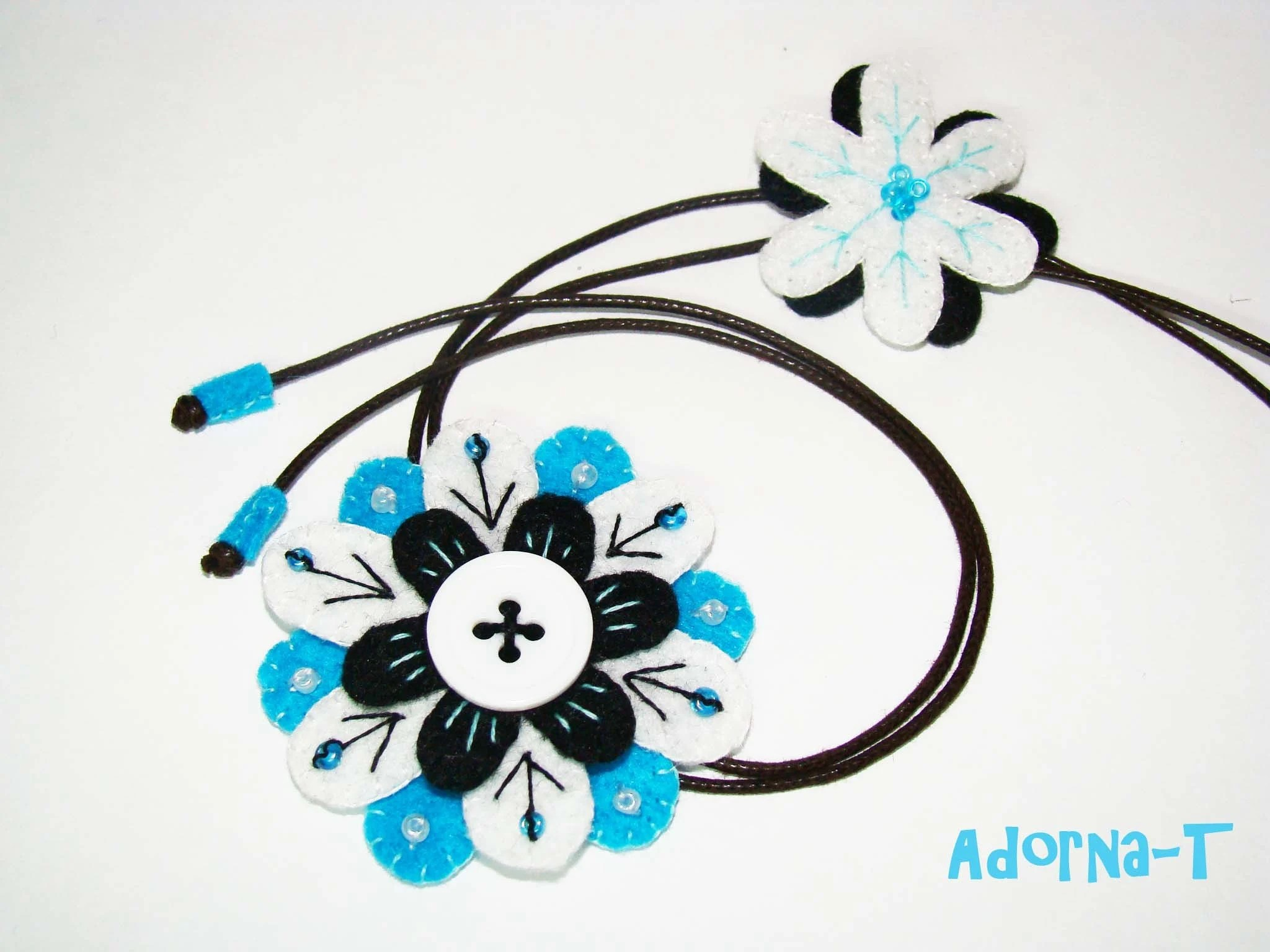 Felt Flower Necklace - Ref 001