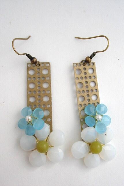 Opalite and peruvian opal deco earrings