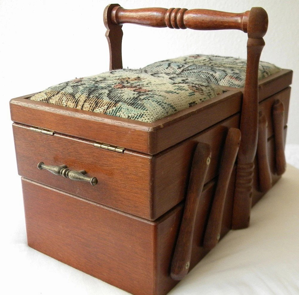 wooden sewing box french vintage