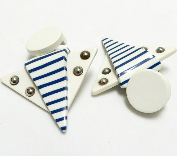 80s BLUE and WHITE STRIPED LUCITE EARRINGS free worldwide shipping