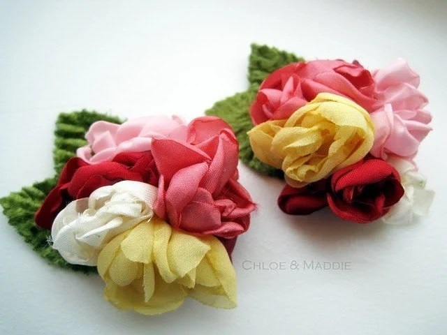 CAMILLE Handmade bouquet of flowers shoe clips