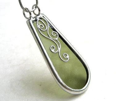 Green pendant sterling silver
