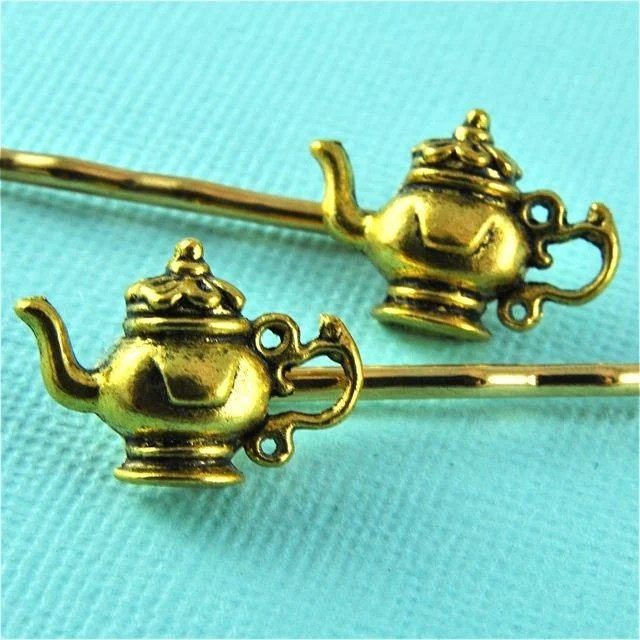 alice in wonderland inspired jewellery, bobby pins tea pot