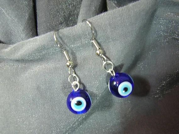 Blue Eyes Handmade Single Bead Dangle Earrings D225E-55509 - $5.95