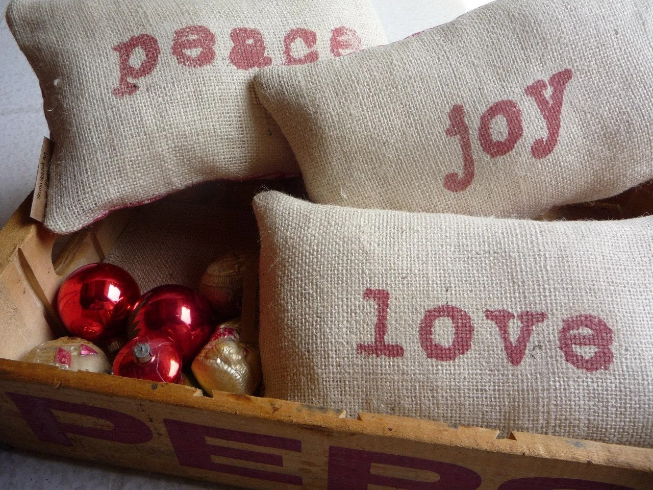 French Country RUSTIC BURLAP COTTAGE Holiday Pillows