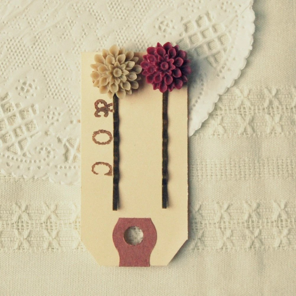 Chrysanthemum Hairpin Duo in Burgundy and Toasted Almond