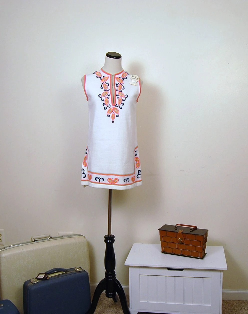 Vintage 1970's Sleeveless White with FAB Adornment SWEATER