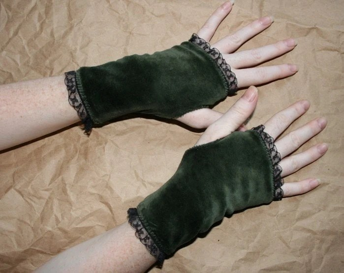 Short stretch Velvet green steampunk Gloves with thumbhole