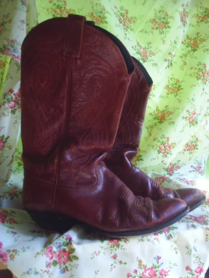 red vintage cowboy boots women's size 9.5 B