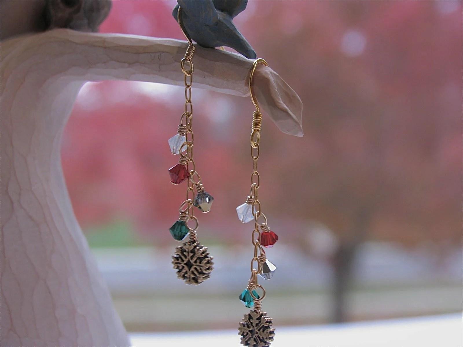 Snowflake Christmas Holiday earrings by NewelryJewelry