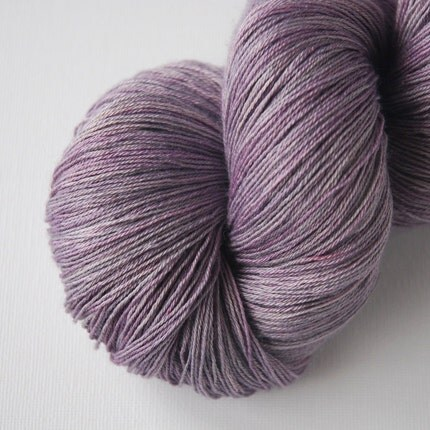 Grapette - Sqwish Luna Lace Yarn - 80 grams - 800 yards