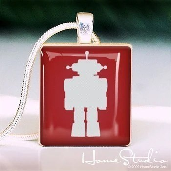 HOMESTUDIO - - - - Scrabble Tile Pendant - TOY ROBOT (red)