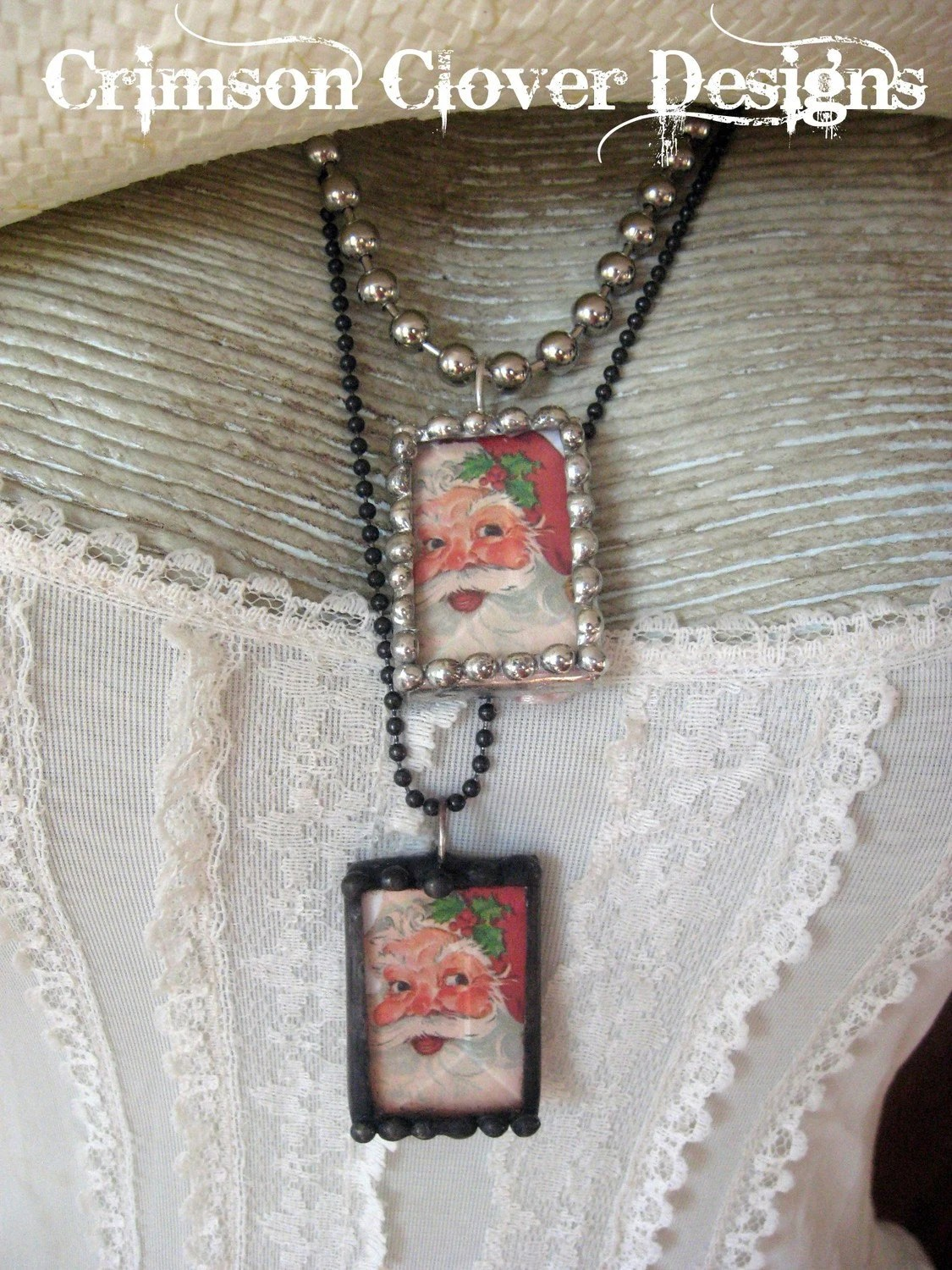 Vintage Santa Soldered Art Glass Charm