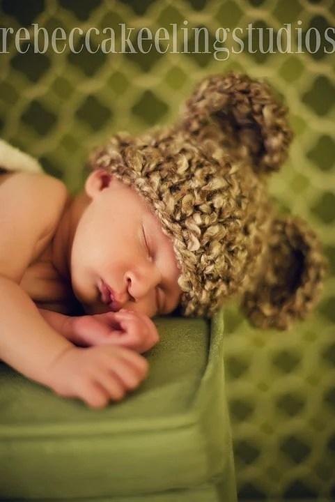 Newborn Baby Bear Hat photography prop - 0 to 3M