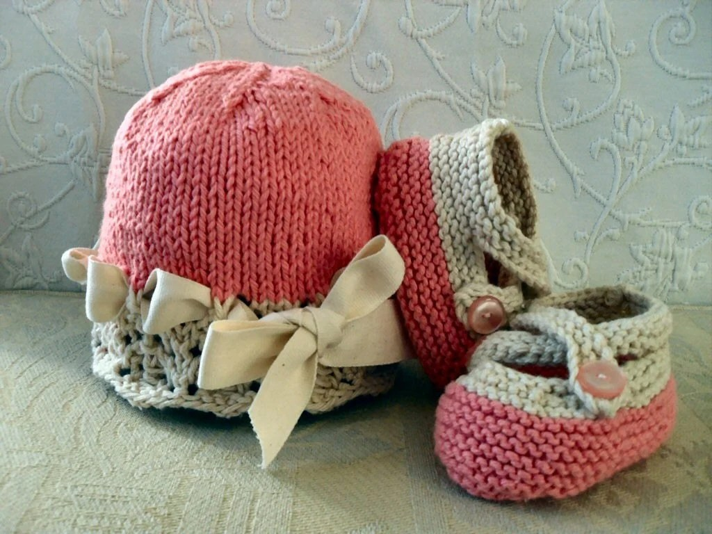 Choose your colors -  Cotton hand knitted cream lace cloche with matchingcross-strapped bootiesI