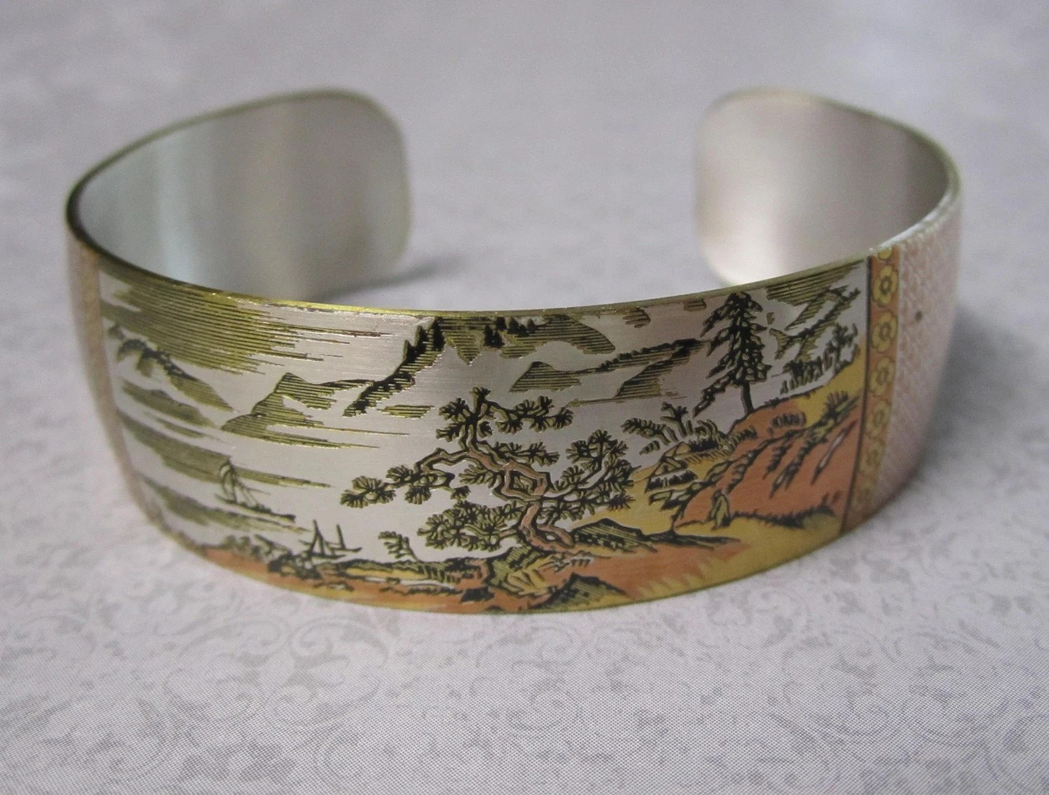 Vintage Reed and Barton Damascene Chinese Landscape Cuff Bracelet Mint Never Worn