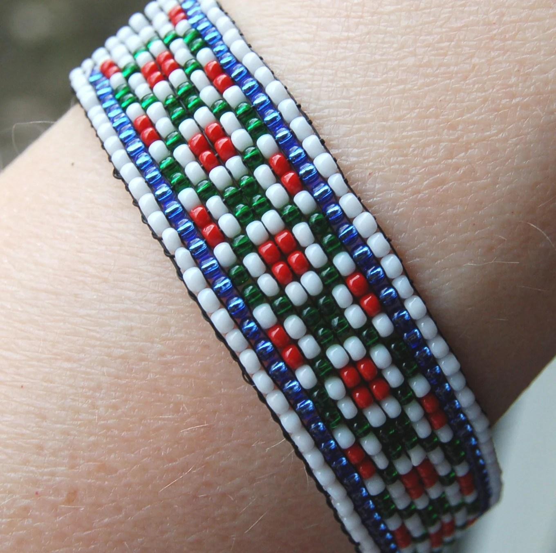 Handmade beaded Bracelet Floral Motif Traditional