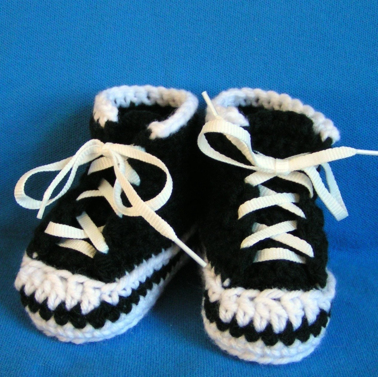 Black High Top Sneaker Booties  for Baby Size 3-6 months